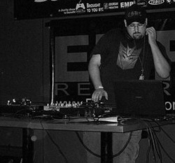 DJ Inubito