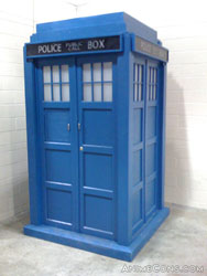 The TARDIS materializes in main events the day before the con...