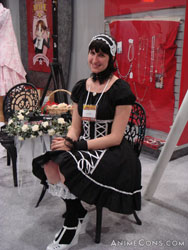 Gothic Lolita at the Tokyopop booth